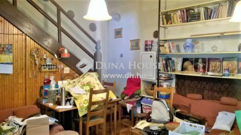 Eladó Lakás, Budapest - Csillaghegyi felújítandó villalakás saját udvarral