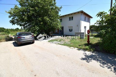 Eladó Telek, Bács-Kiskun megye, Kecskemét - 399m2-es közművesített építési telek a Vacsiközben