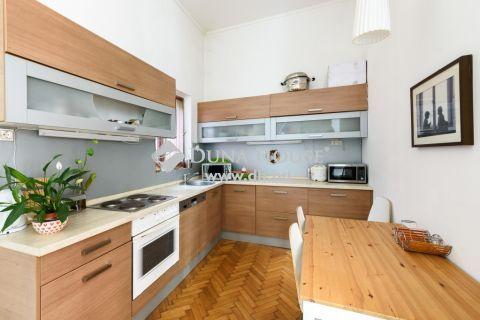 Eladó Lakás, Budapest 5. kerület - Váci utcában 4 szoba 3 fürdő