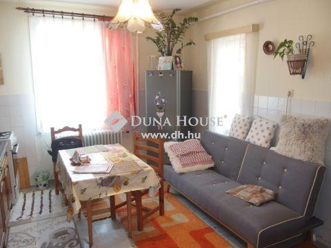 Eladó Ház, Bács-Kiskun megye, Kiskunfélegyháza - Kétgenerációs téglaház Móra-Dobó u. környékén