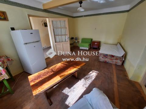 Eladó Ház, Bács-Kiskun megye, Kiskunfélegyháza - 72 m2-es összkomfortos házrész