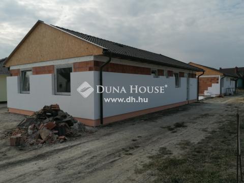 Eladó Ház, Győr-Moson-Sopron megye, Vámosszabadi