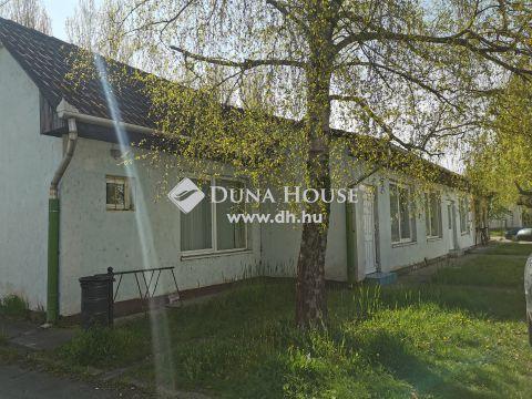 Eladó Lakás, Komárom-Esztergom megye, Almásfüzitő