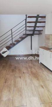 Eladó Ház, Veszprém megye, Hajmáskér