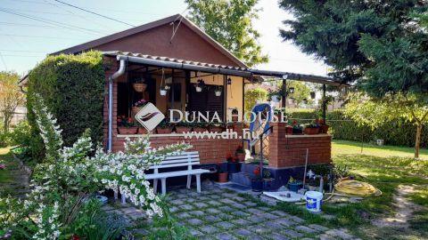 Eladó Ház, Pest megye, Szigetszentmiklós - Ráckevei-Dunaág közeli téliesített nyaraló