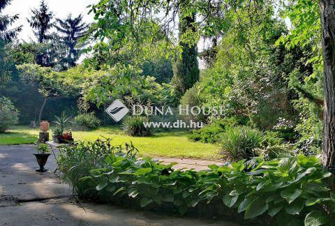 Eladó Ház, Budapest - Gyönyörű kert, két lakrész!