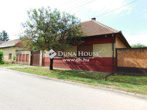 Eladó Ház, Bács-Kiskun megye, Kecskemét - Jó állapotú téglaház a Rendőrfaluban eladó