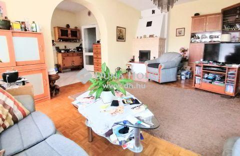 Eladó Ház, Budapest - Kétgenerációssá alakítható ház Királyerdőn