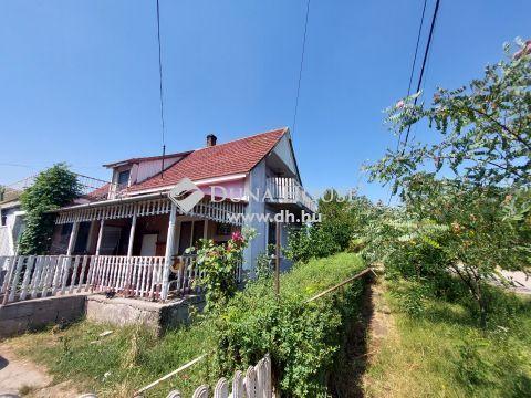 Eladó Ház, Fejér megye, Ercsi - Közel a vonatállomáshoz