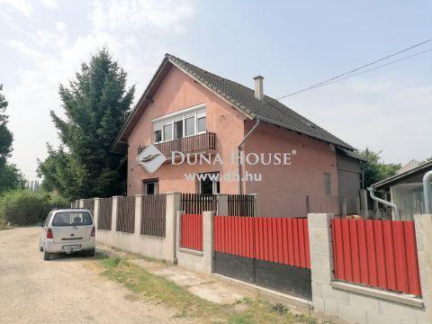 Eladó Ház, Fejér megye, Bicske - Kis állomás közelében