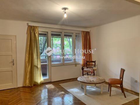 Eladó Lakás, Somogy megye, Kaposvár - Belváros szívében 2.emeleti erkélyes lakás várja új tulajdonosát!