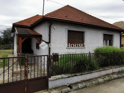 Eladó Ház, Tolna megye, Dombóvár - Dombóvár - Kertváros