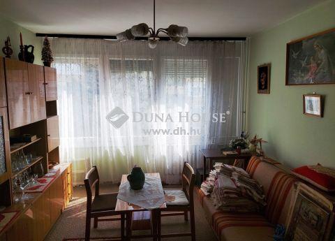 Eladó Lakás, Tolna megye, Dombóvár - *** Árpád utca, 2. emeleti, 54 Nm-es, 2 szobás lakás