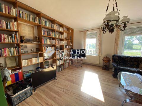 Eladó Ház, Győr-Moson-Sopron megye, Győr - 9025 Győr, Fő utca