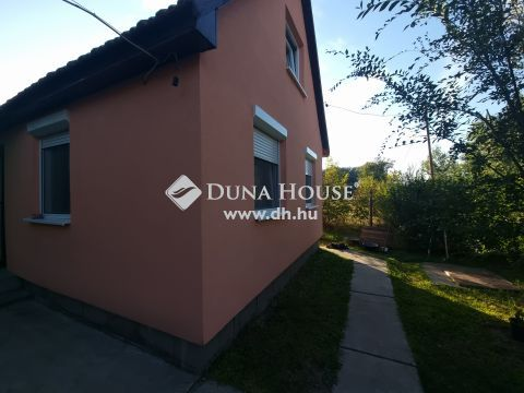 Eladó Ház, Pest megye, Szentmártonkáta - Központhoz közel