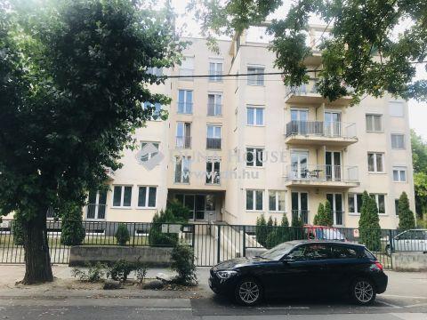 Eladó Lakás, Budapest 14. kerület - Hiánylakás! Újszerű garzon Zugló kedvelt utcájában!