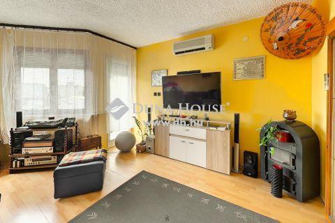 Eladó Ház, Zala megye, Zalaegerszeg - A város egyik leggyorsabban fejlődő részén található üzlet és lakás