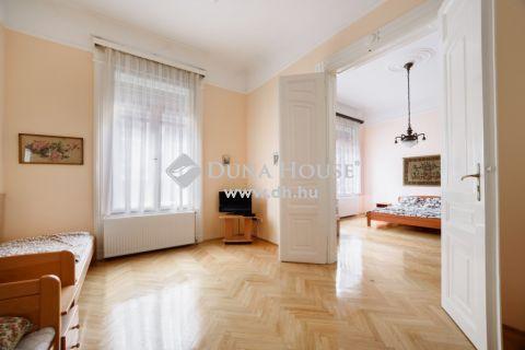 Eladó Lakás, Budapest 5. kerület - Március 15. tér