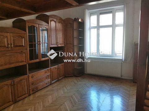 Eladó Lakás, Budapest 8. kerület - Baross utcában 5.emeleti napfényes lakás